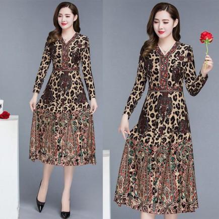 Đầm Họa Tiết Beo Dáng Xòe Tay Dài - KT2489