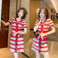 Đầm len sọc đỏ phổi nút - KV2895