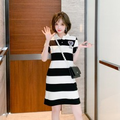 Váy sọc đính phụ kiện - KT3367
