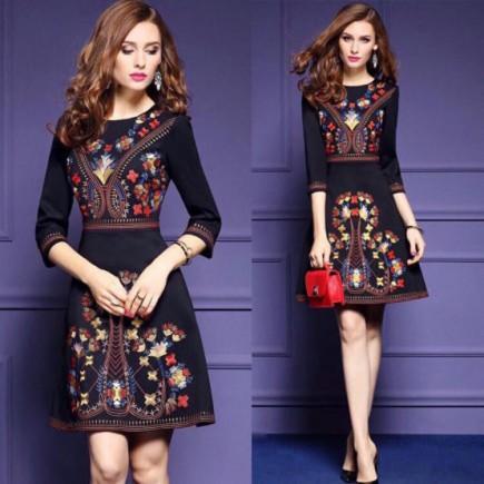 Đầm Tay Lỡ Thêu Họa Tiết - KT2167