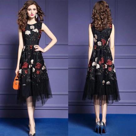Đầm Ren Họa Tiết Hoa Nổi - KV2047